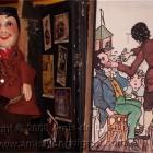 Guignol et  un tableau de son pipa Mourguet